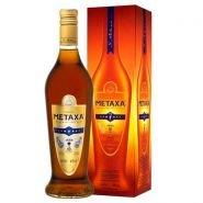 Спиртной напиток Метакса 7* в подарочной упаковке 0.7